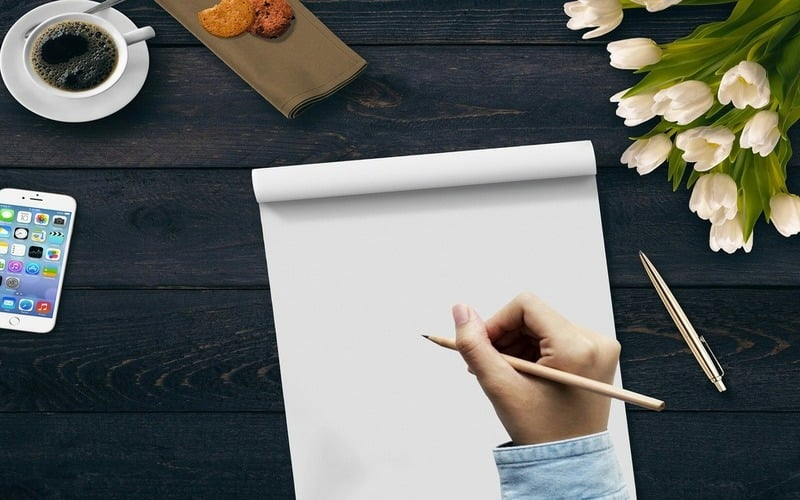 心の中のわだかまりをノートへ書き出してストレス発散