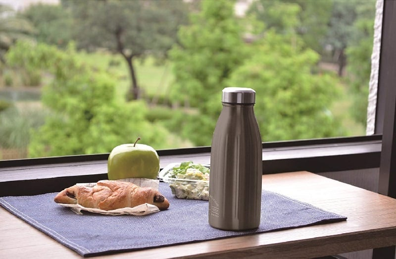 軽い水筒のメリット:使い勝手が良く持ち運びに便利